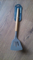 Wooden handled silicone spatula (Code 2168)